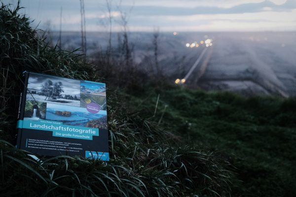 Titel - Landschaftsfotografie - Die große Fotoschule - Hans-Peter Schaub