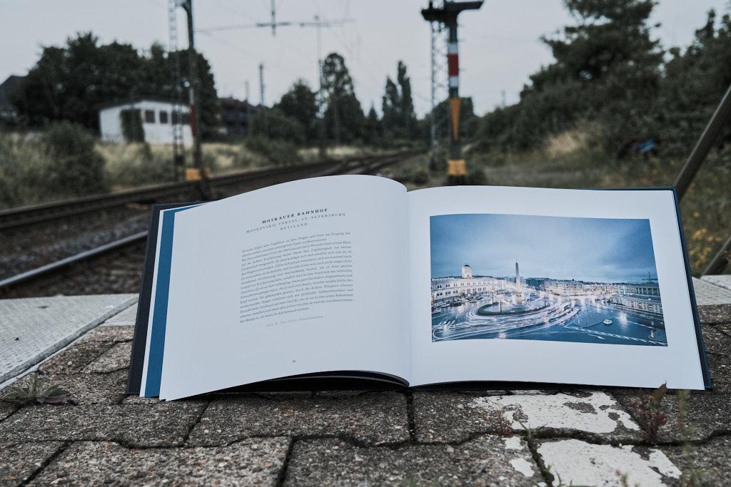 Inhalt - One Station - Christian Höhn